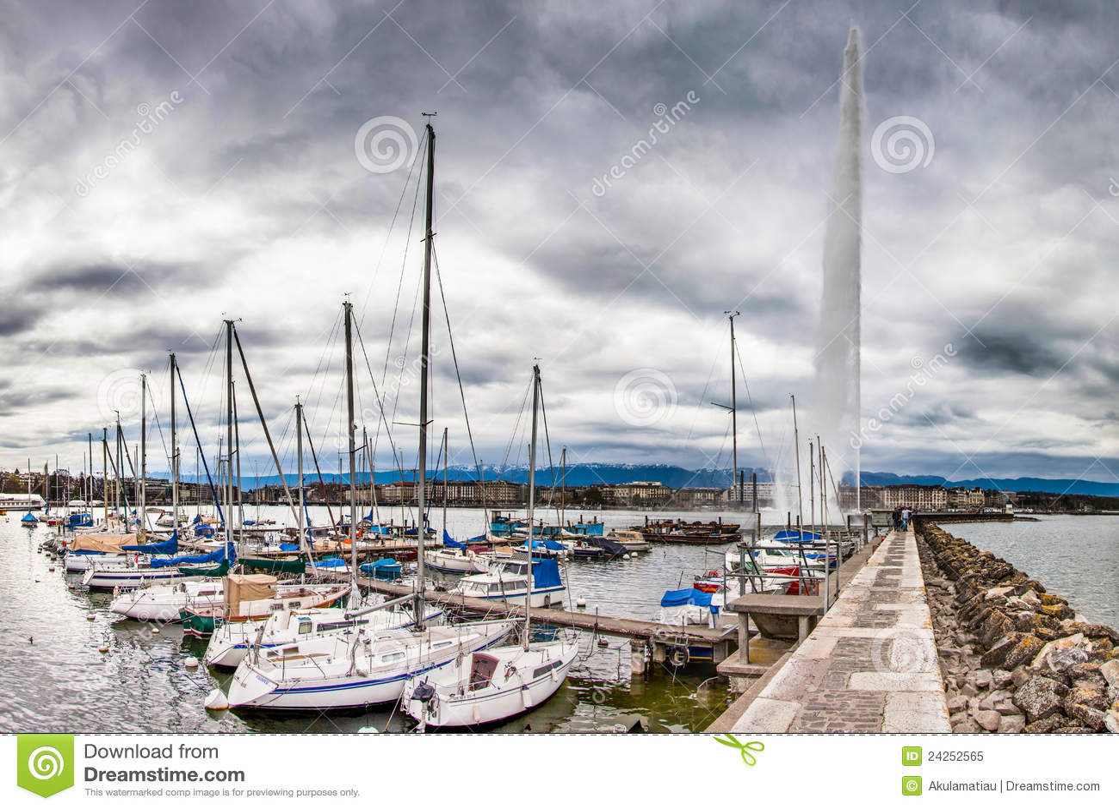Geneva Lake Front Marina And Jeat D Eau Editorial Image