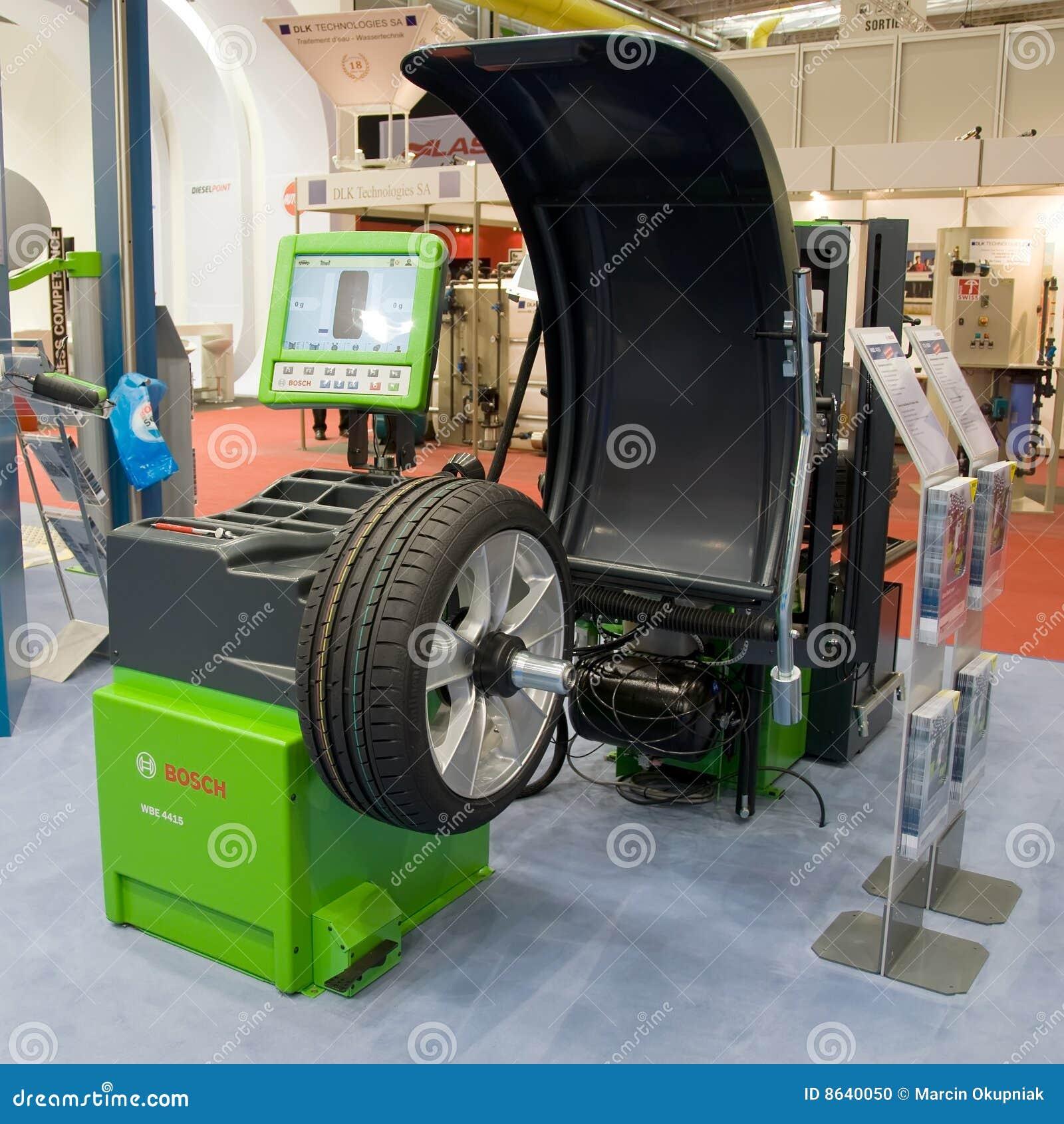 Geneva Motor Show 2009 Wheel Balancing Machine Editorial