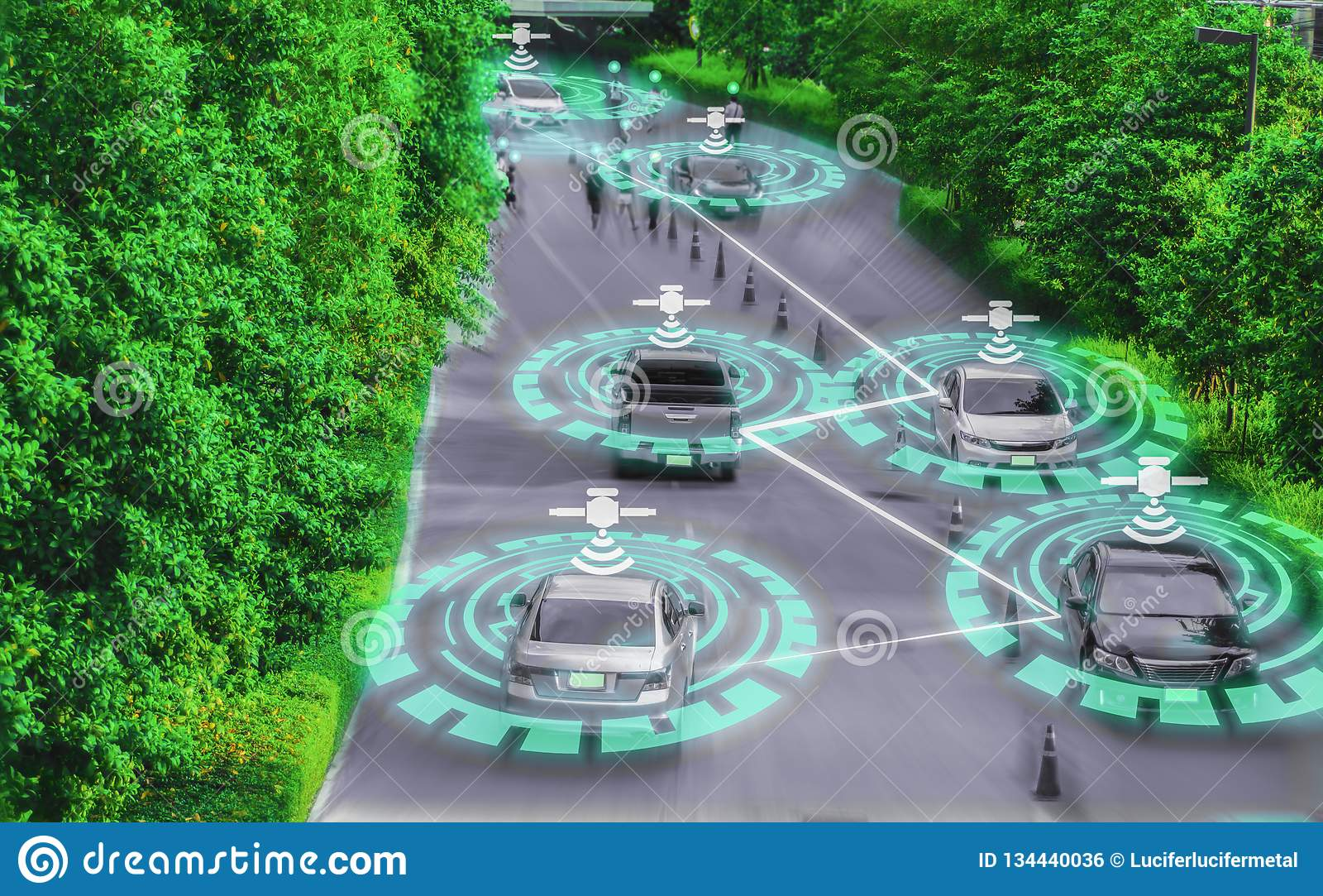 Genio astuto futuristico dell automobile per il sistema di intelligenza movente e artificiale intelligente di auto AI, concetti d