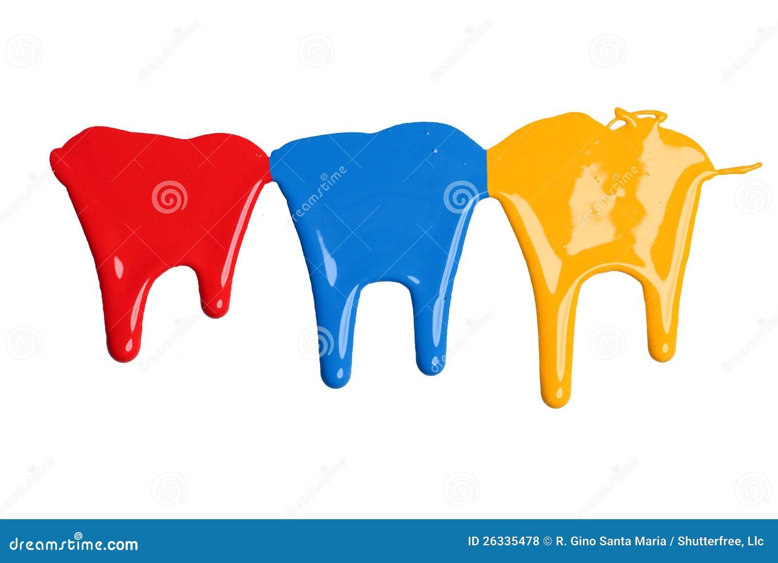 Genomblöt röd, blå och gul målarfärg