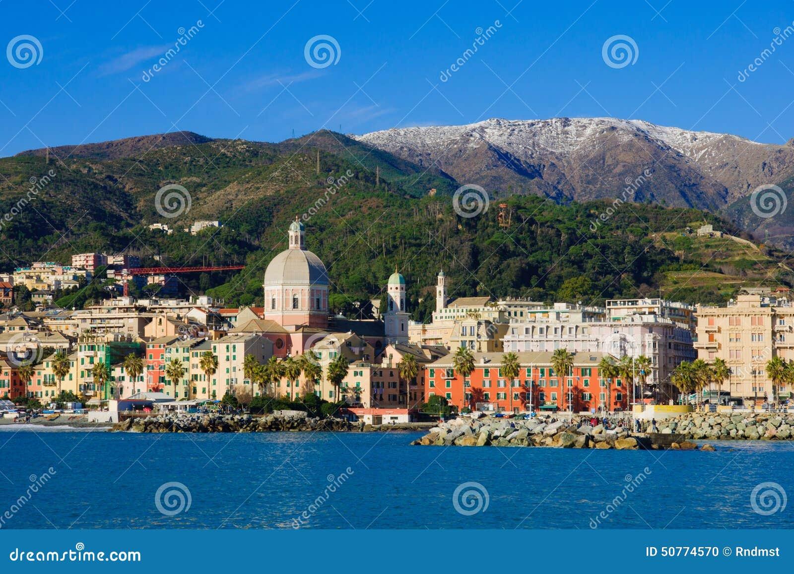 Genova dal mare