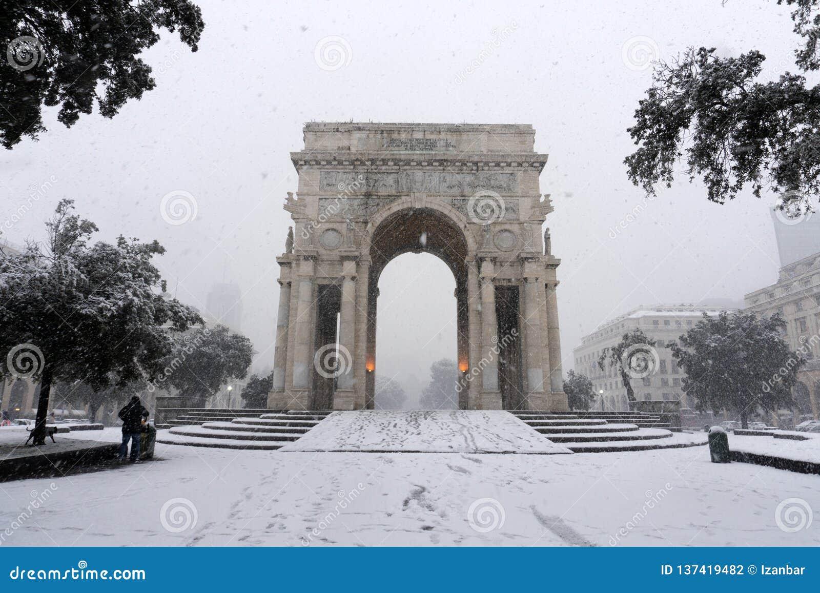 GENOVA, ITALIA - 23 GENNAIO 2019 - città sotto la neve