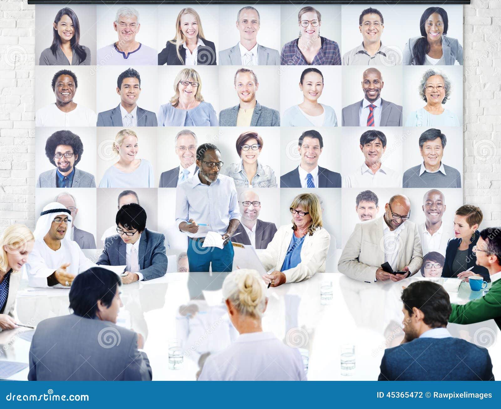 Gens d affaires divers lors d une réunion