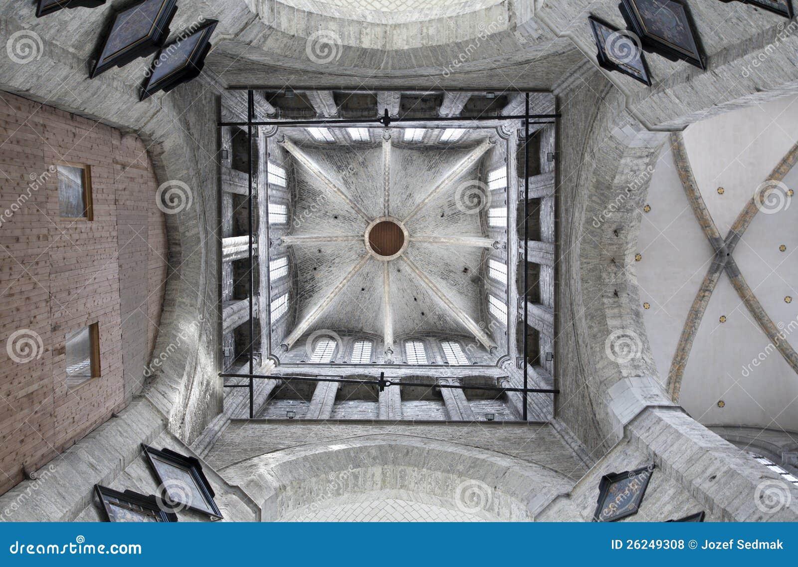 Gent dell 39 interno della torretta dalla chiesa di san for Interno della torretta vittoriana