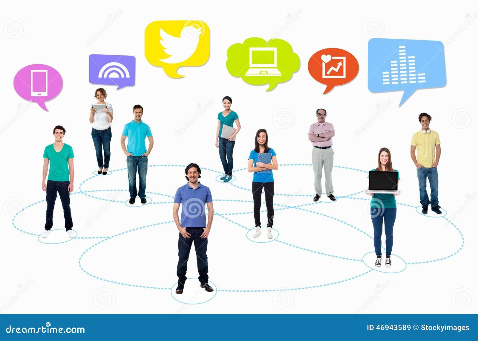 Gente conectada a través de red