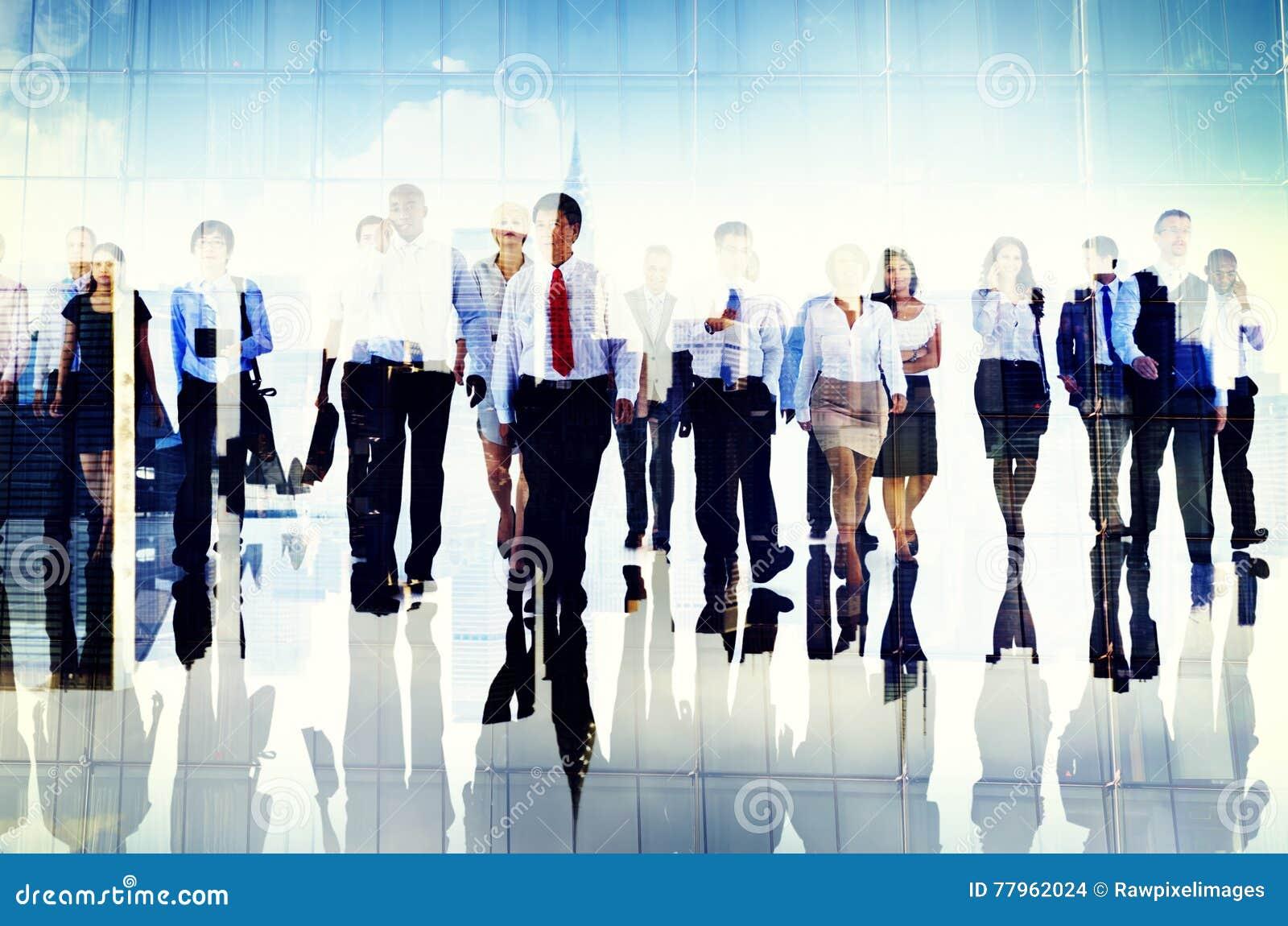 Gente di affari del gruppo Team Corporate Concept del pendolare