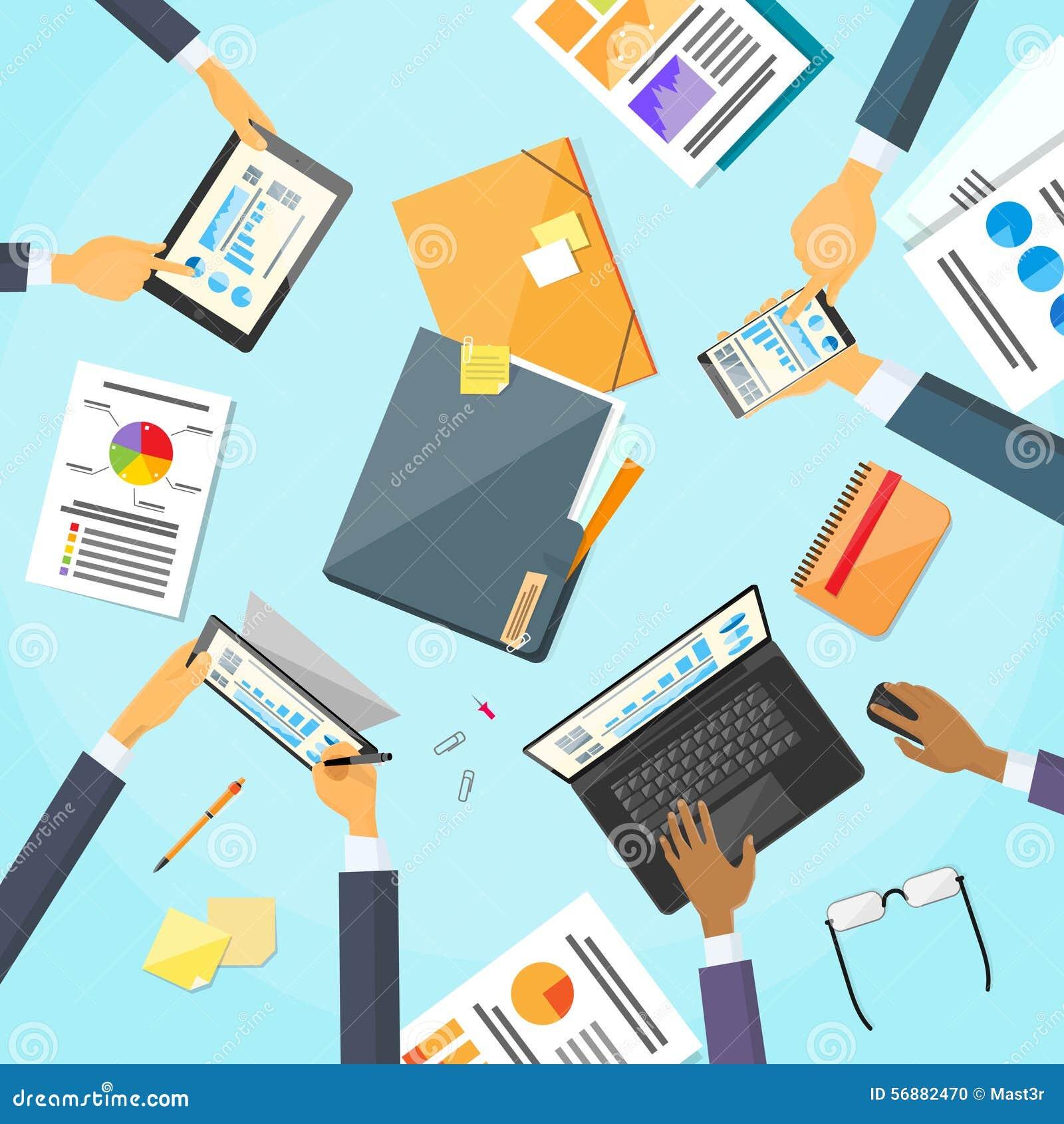 Gente di affari delle mani del posto di lavoro Team Working dello scrittorio