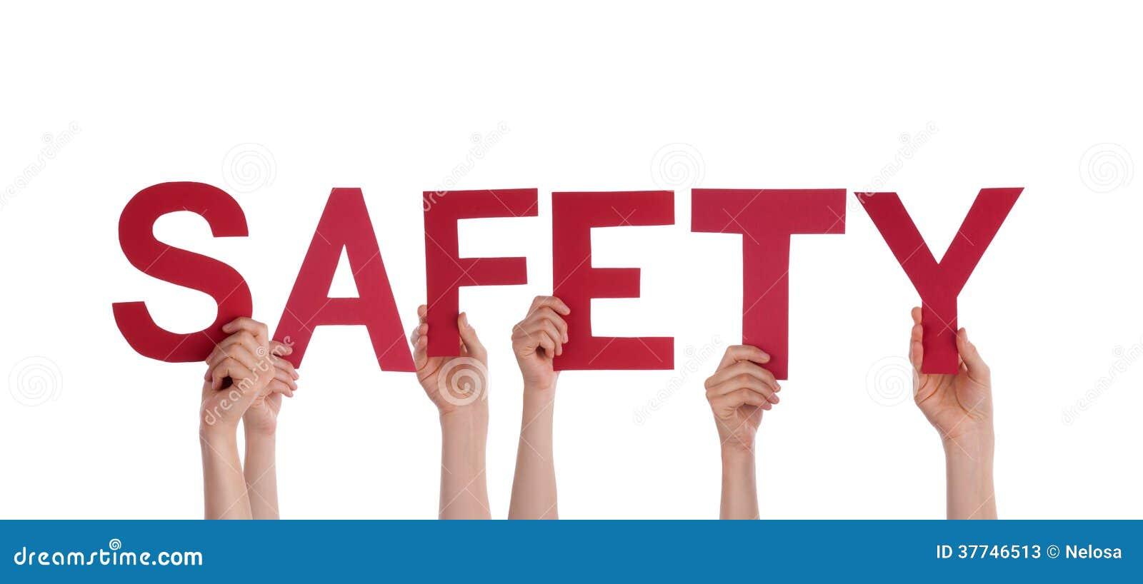 Gente que lleva a cabo seguridad