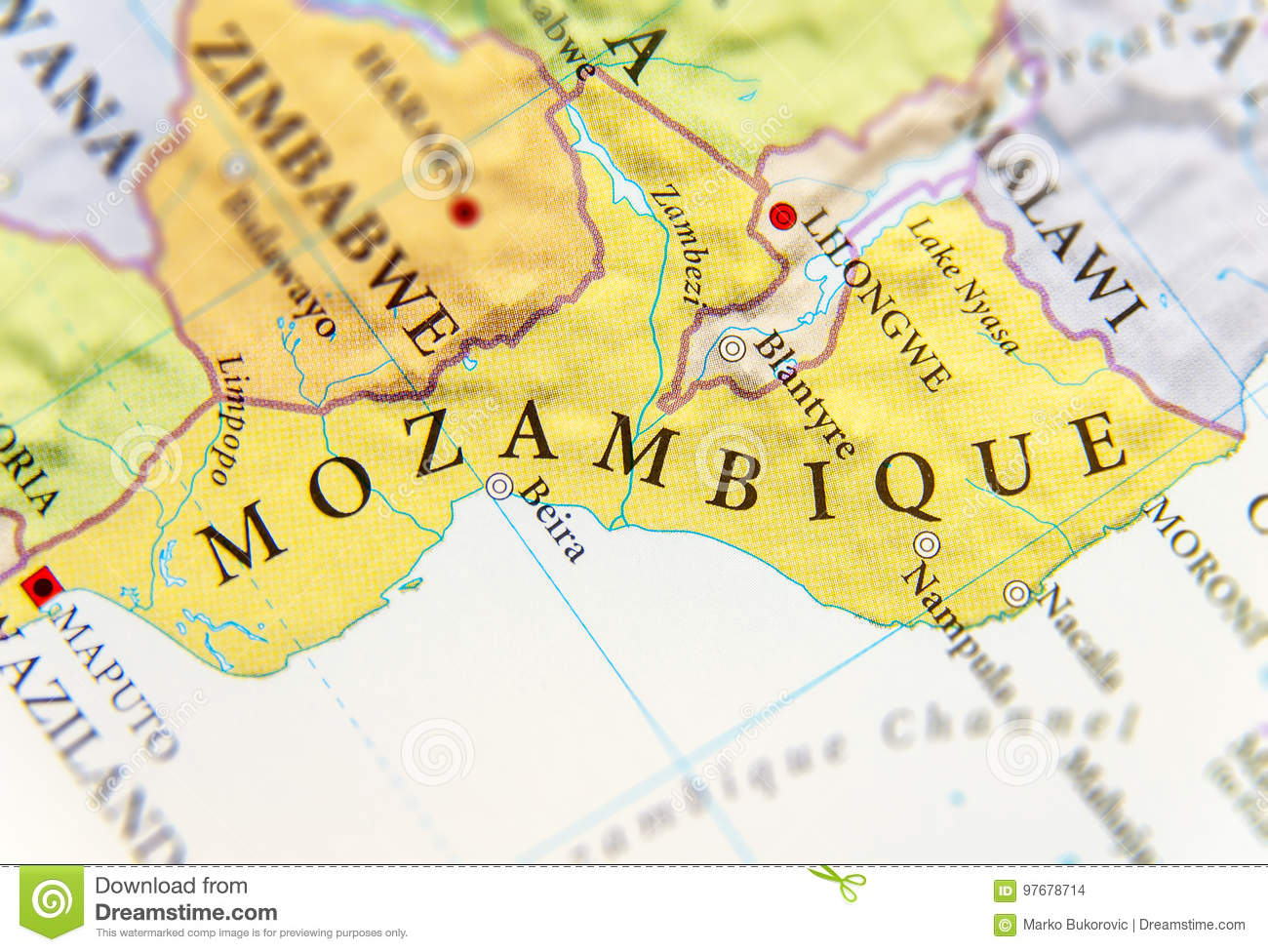 Geographic map of Mozambique with important cities