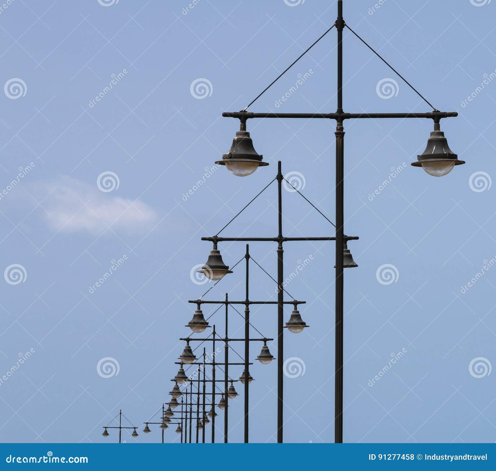 Geometriska lampstolpar i Fuerteventura, Spanien