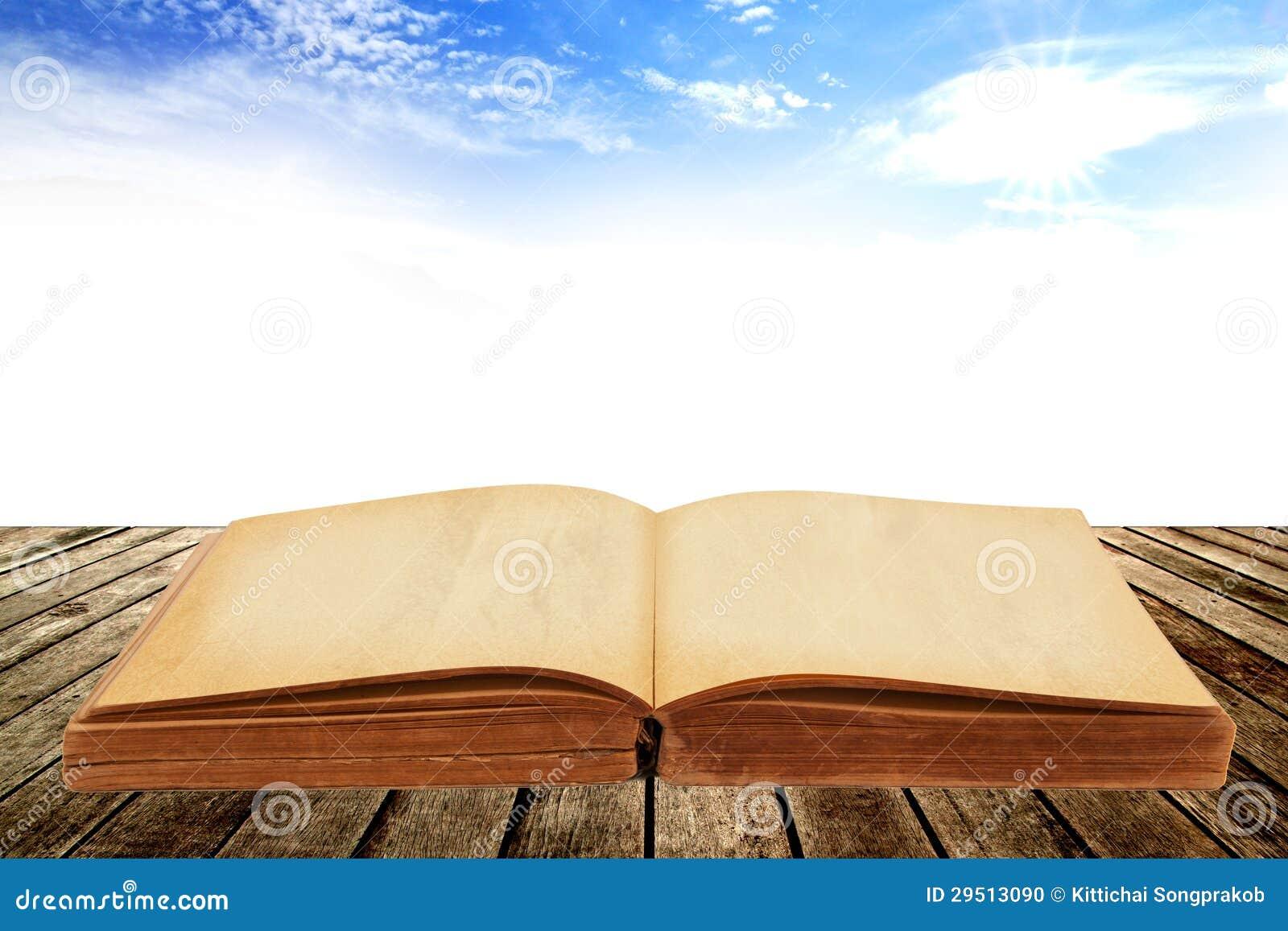 Geopend oud boek