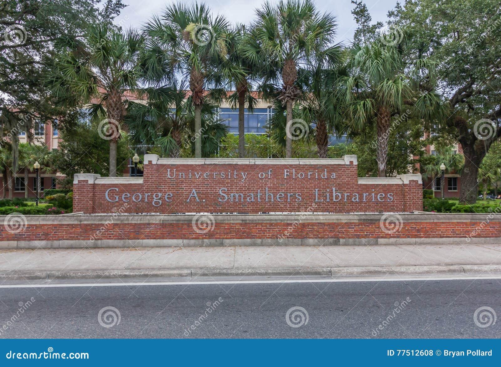 George Α Βιβλιοθήκες Smathers στο πανεπιστήμιο της Φλώριδας