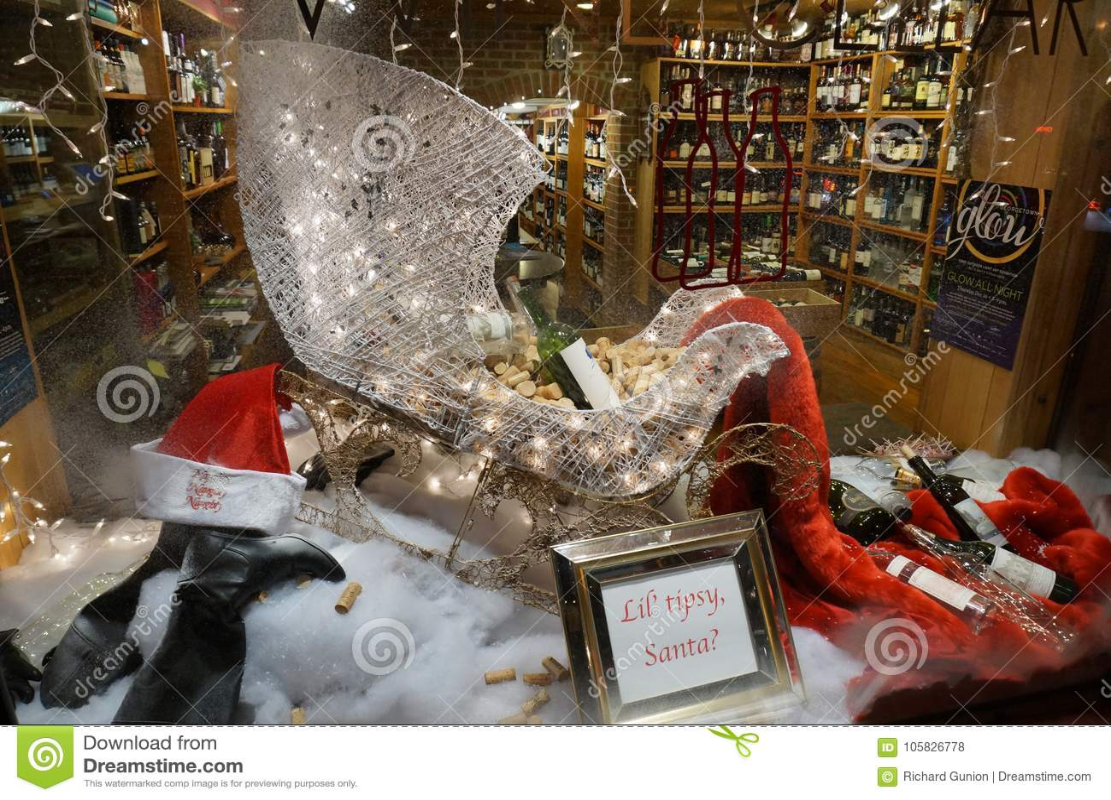 Christmas Liquor.Georgetown Liquor Store Christmas Display Editorial Stock