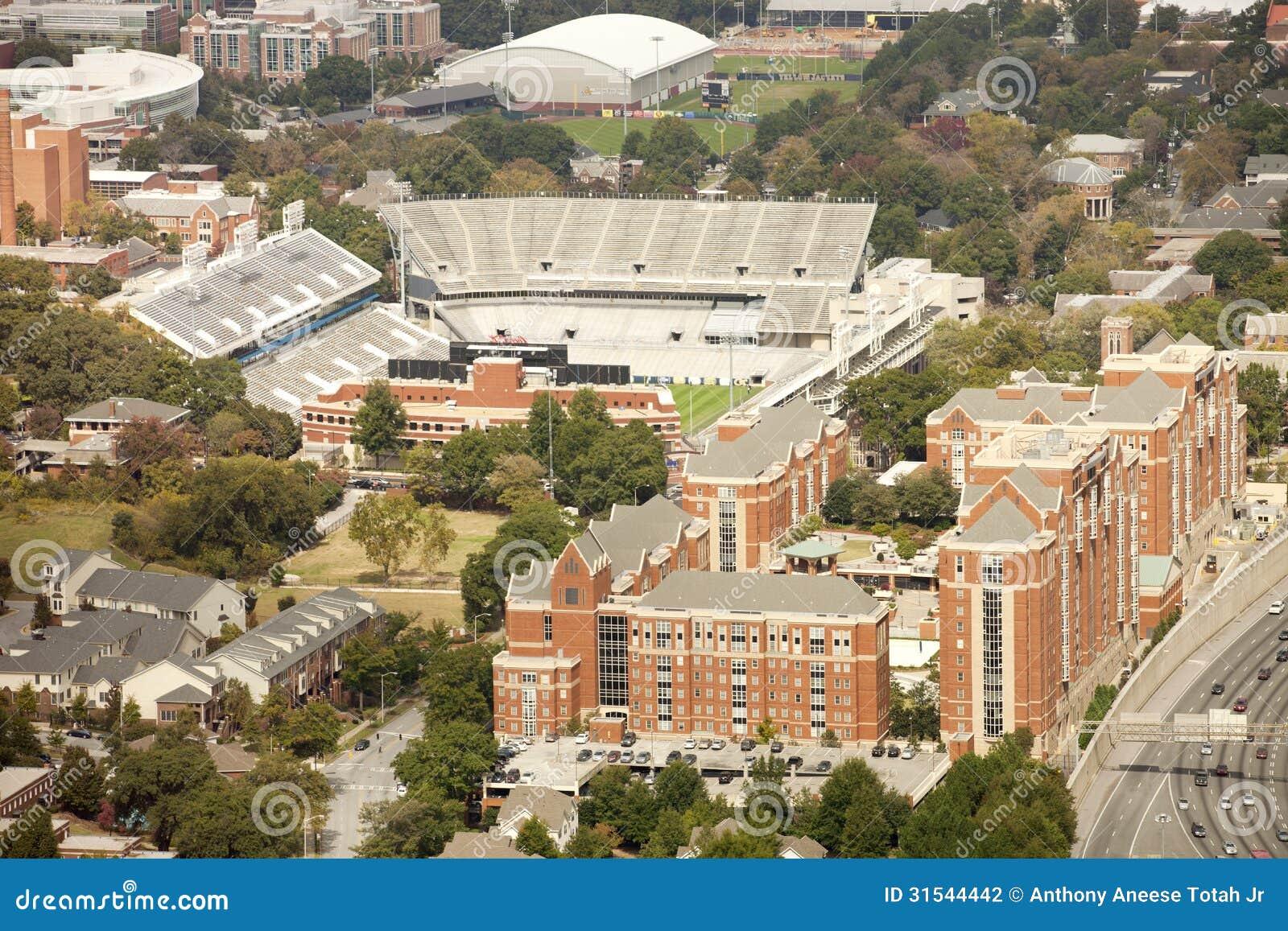 Georgia Institute av teknologi och Bobby Dodd Stadium