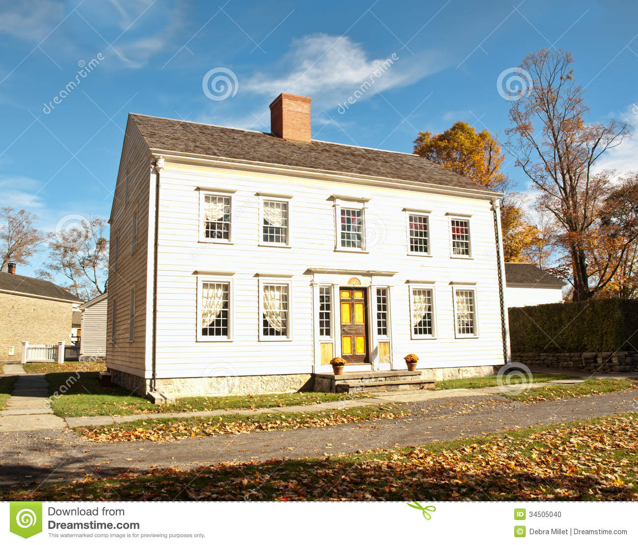 Georgian colonial house stock photo image 34505040 for Simple mansion