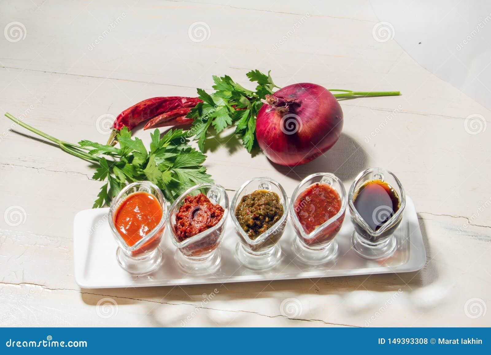 Georgian seasonings and sauces