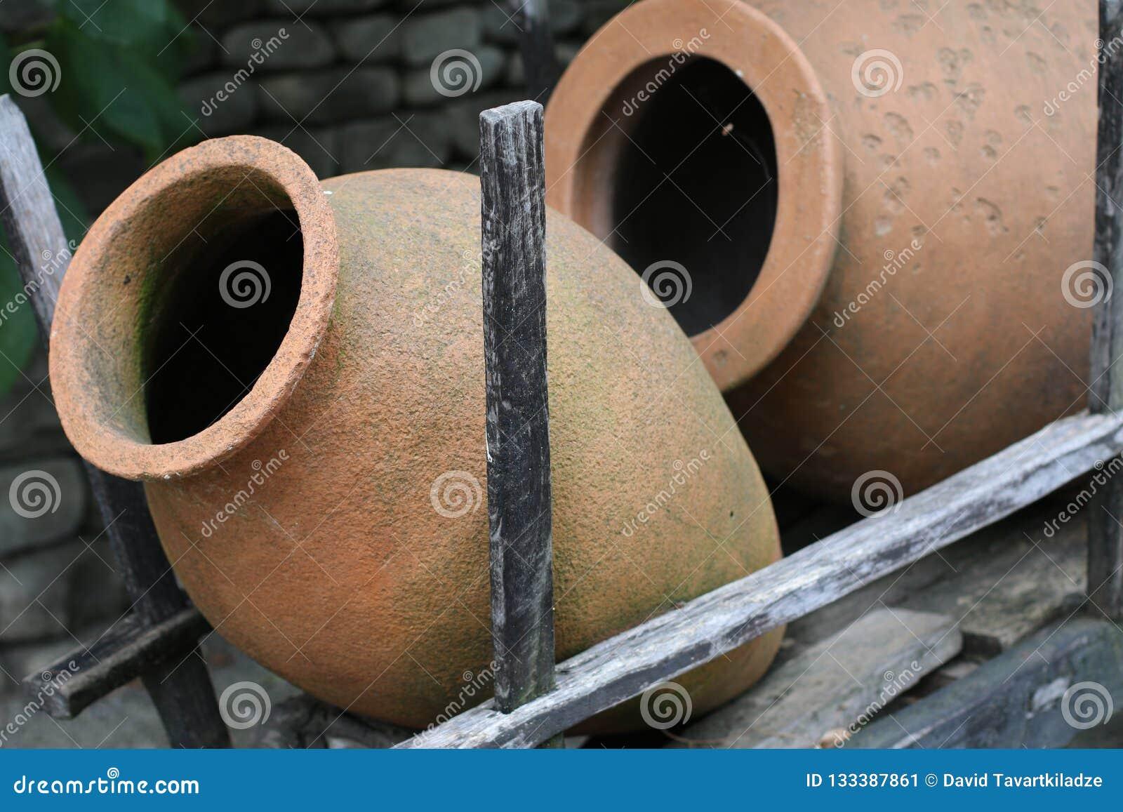 Georgisk lerakanna för vin