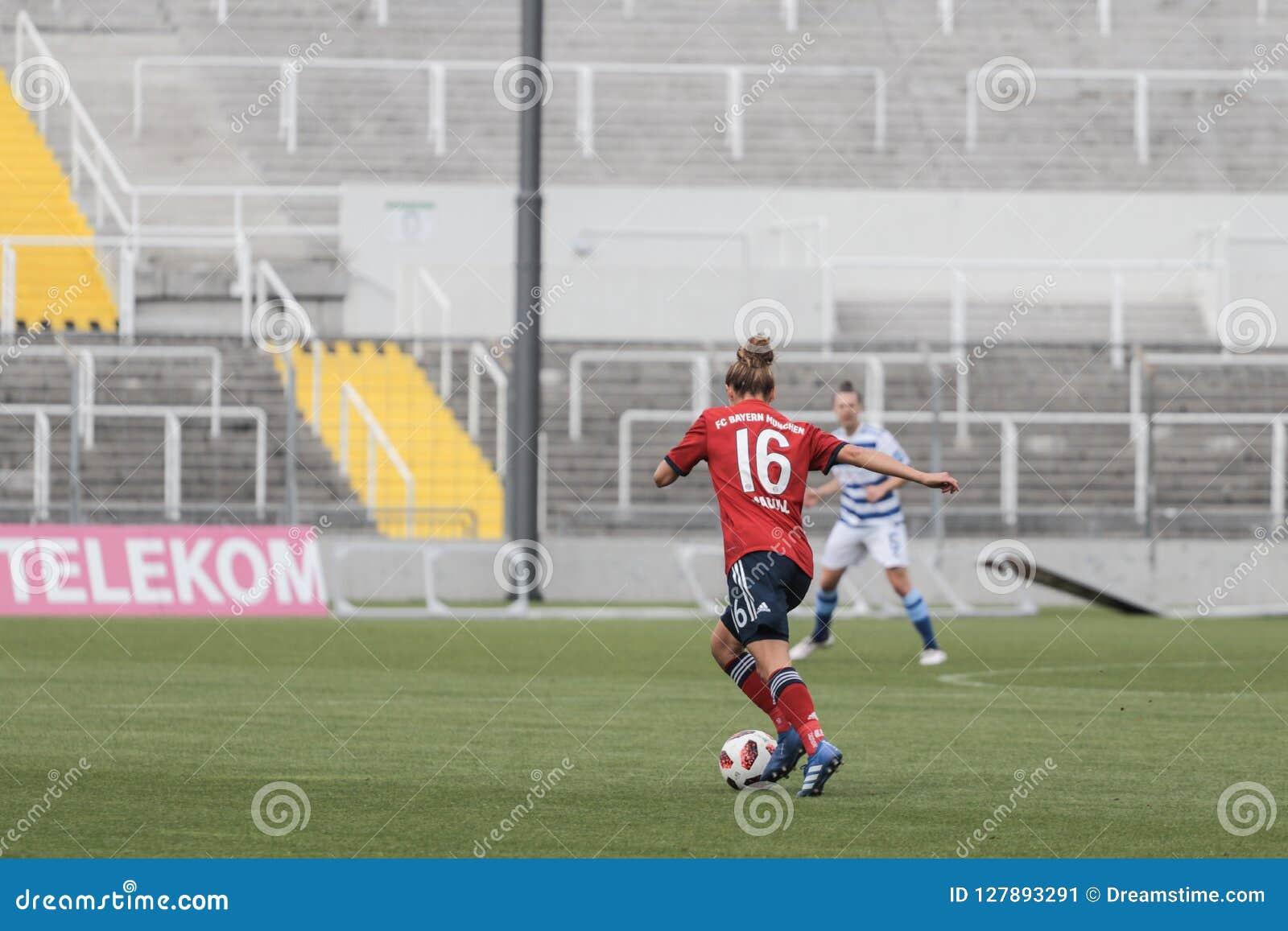 GER: MUJERES DE FC BAVIERA - MUJERES DEL MSV DUISBURG, 09 23 2018