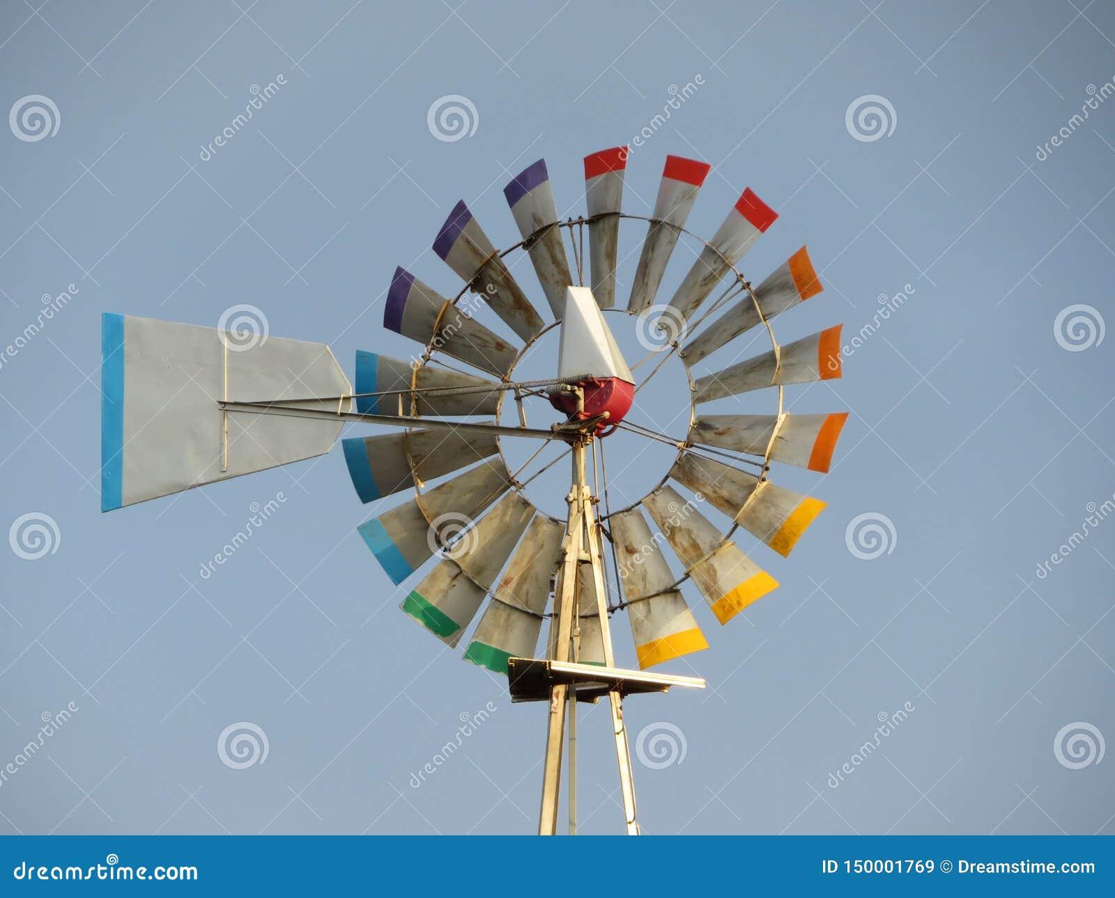 Gerador de vento pronto para produzir a energia através do ar