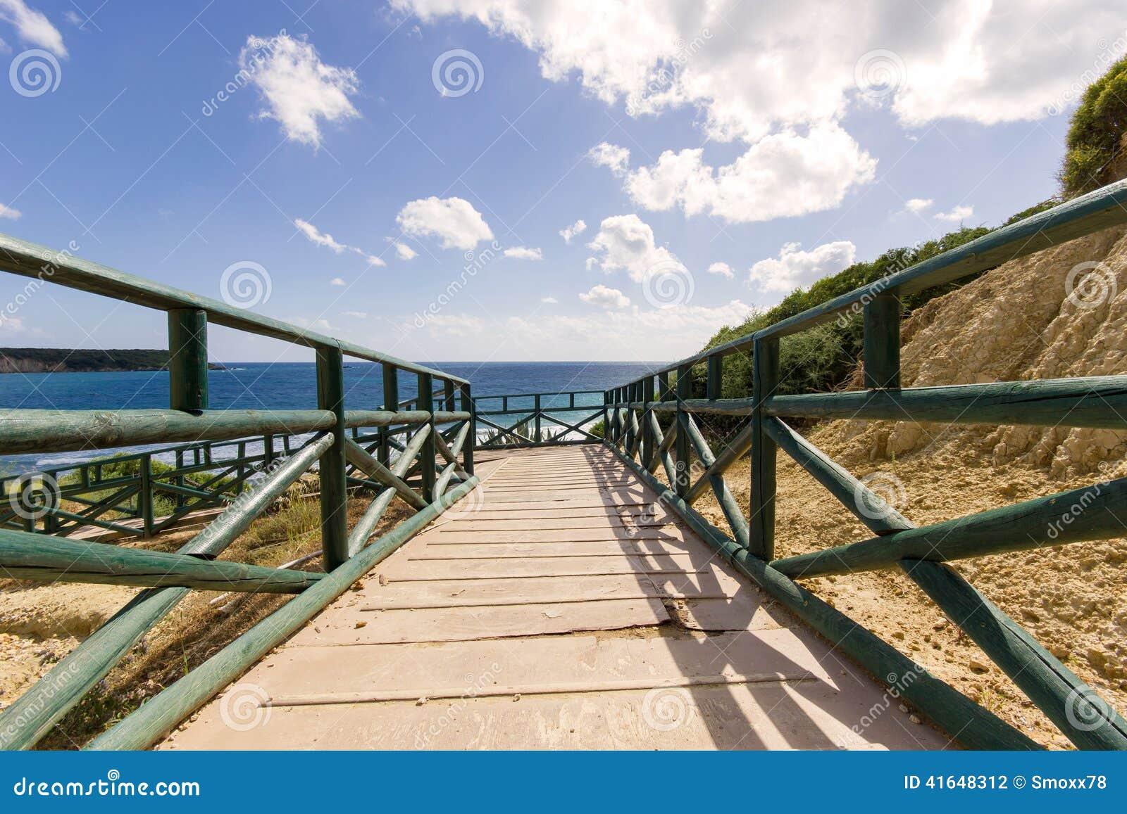 Gerakas plażowy denny żółw gniazduje miejsce