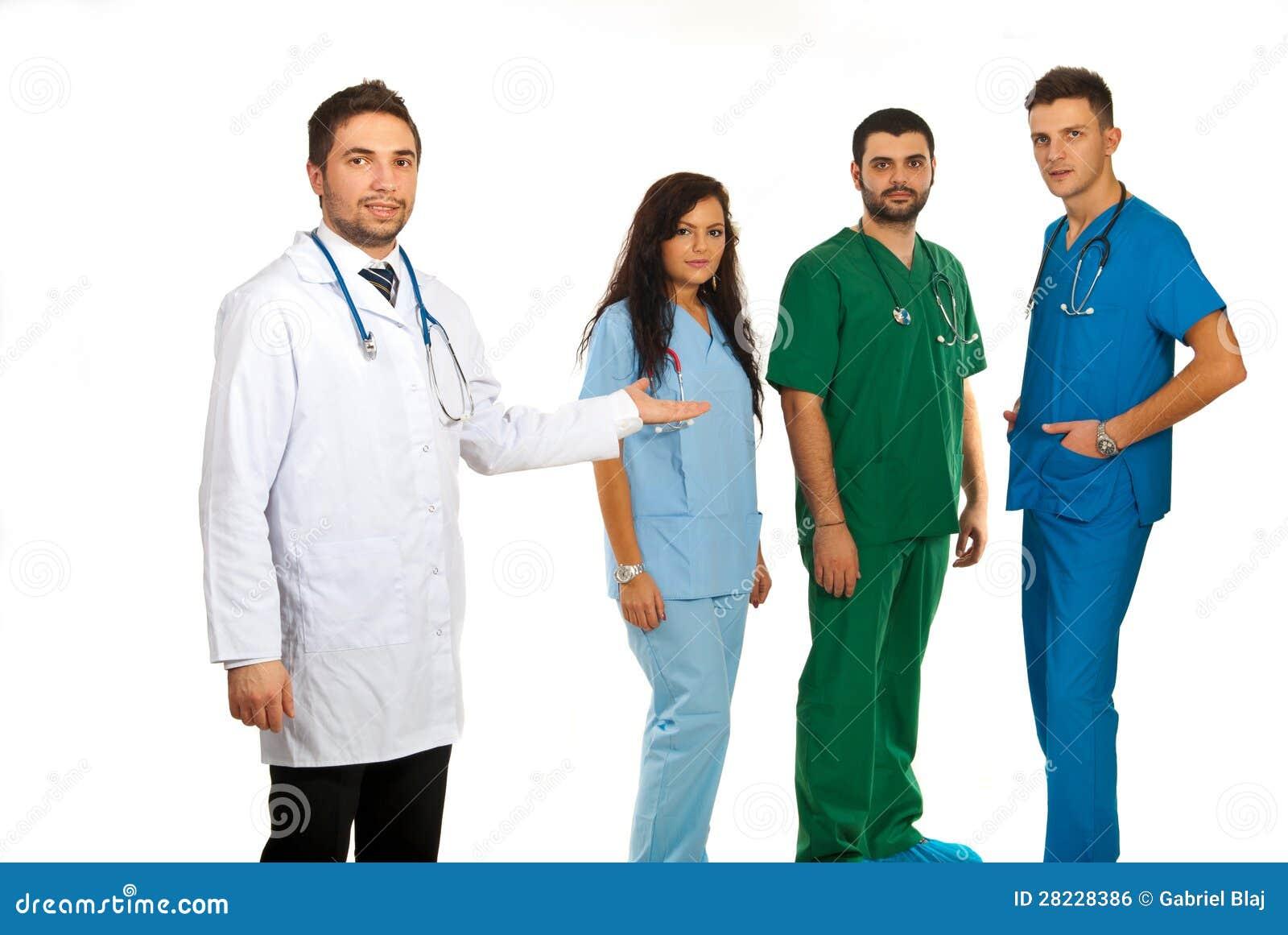 Gerente do hospital e equipe dos doutores