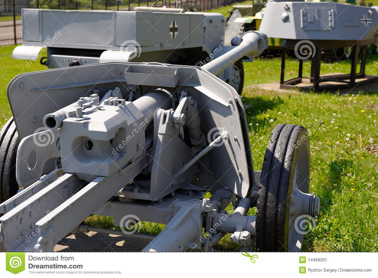 German 50 Mm Anti Tank Gun: German Anti-tank Gun Pak 38 75 Mm Stock Image