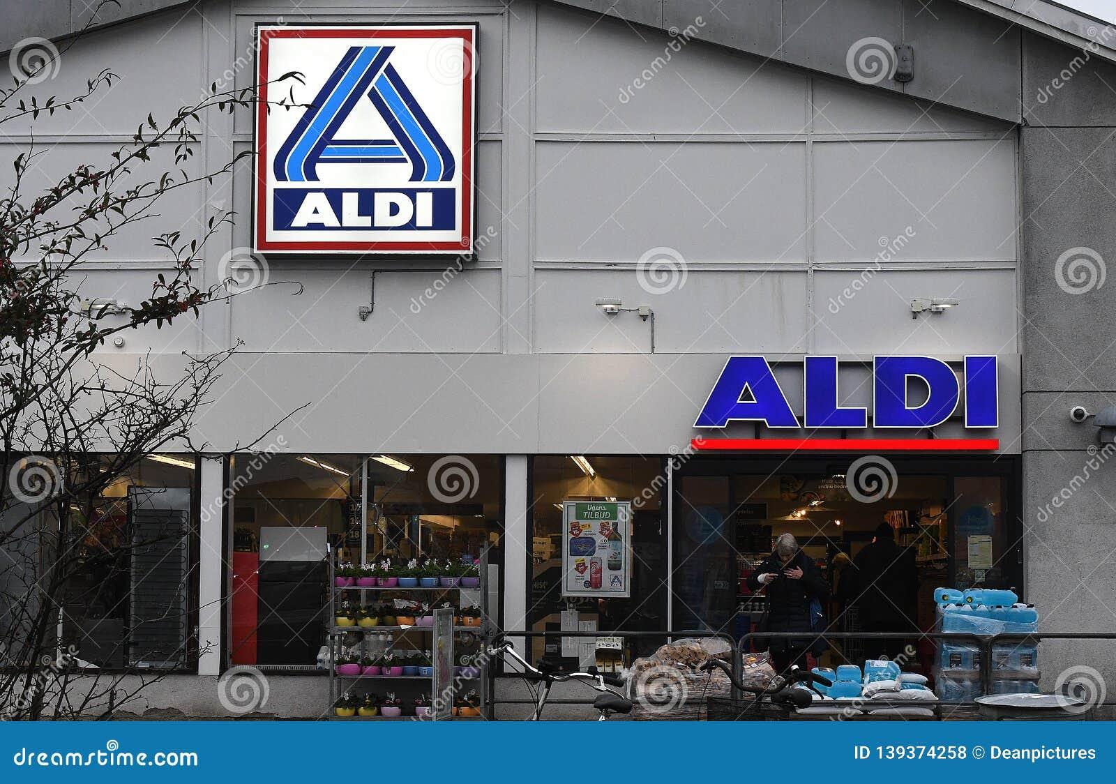 GERMAN CHAIN FOOD MARKET ALDI STORE DENMARK Editorial Stock