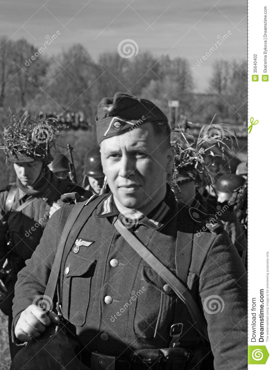 O To Ww Bing Comsquare Root 123: German Soldier-reenactor Editorial Photography. Image Of