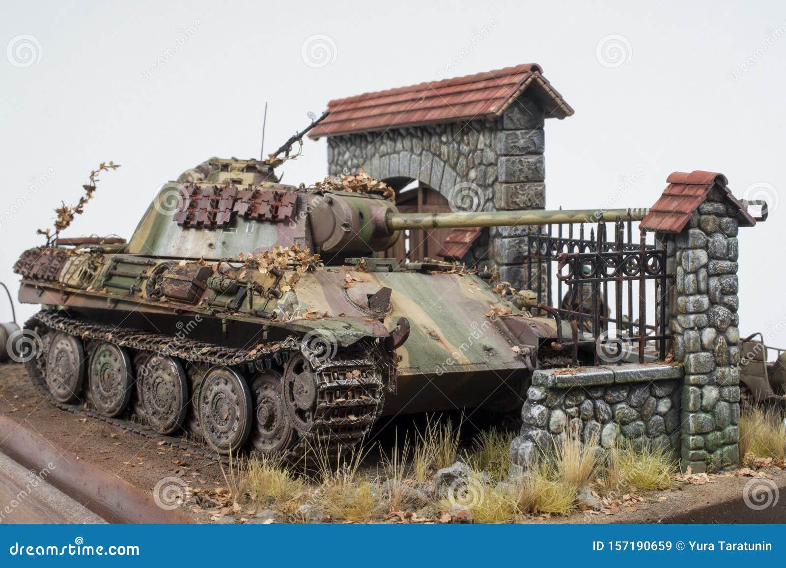 WW2 German Tank Panzer TIV  Picture