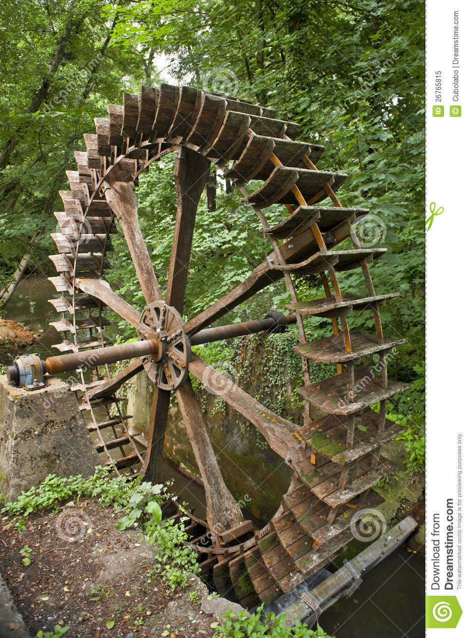 Old water wheel in limburg, Germany.