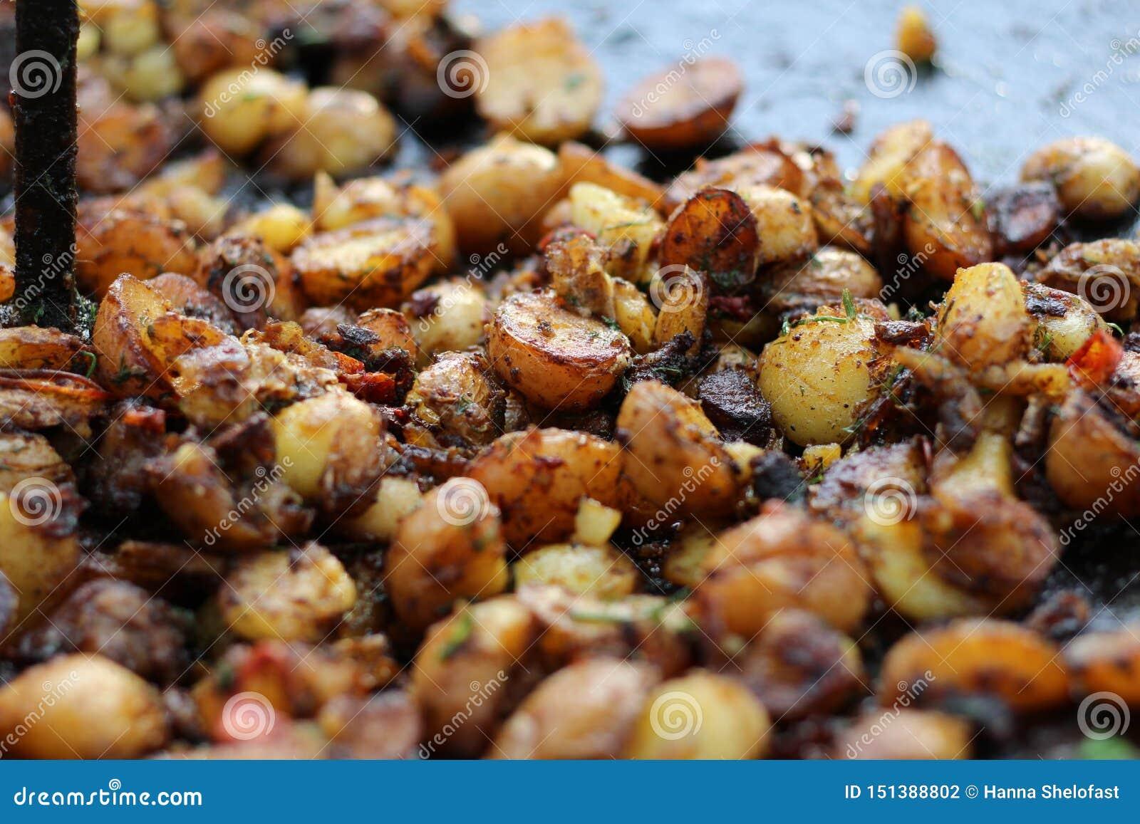 Geroosterde Jonge Aardappels met Kruiden
