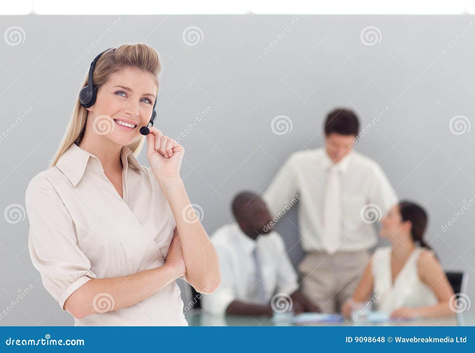 Geschäftsdame am Telefon