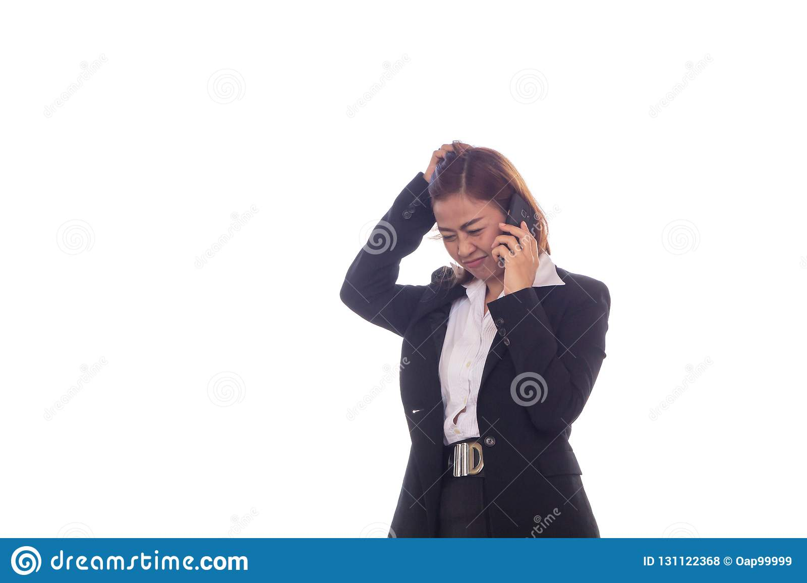 Geschäftsfrau sprechen über Arbeitsarbeit mit Handys und sie ist ein kleines Tempus