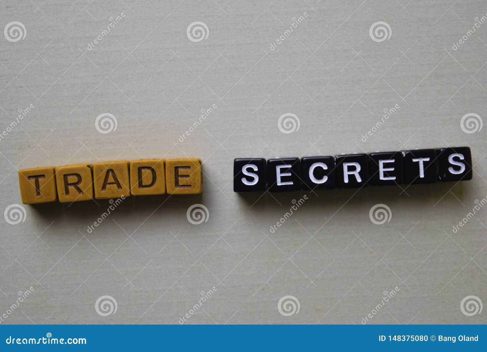 Gesch?ftsgeheimnisse auf Holzkl?tzen Gesch?fts- und Inspirationskonzept