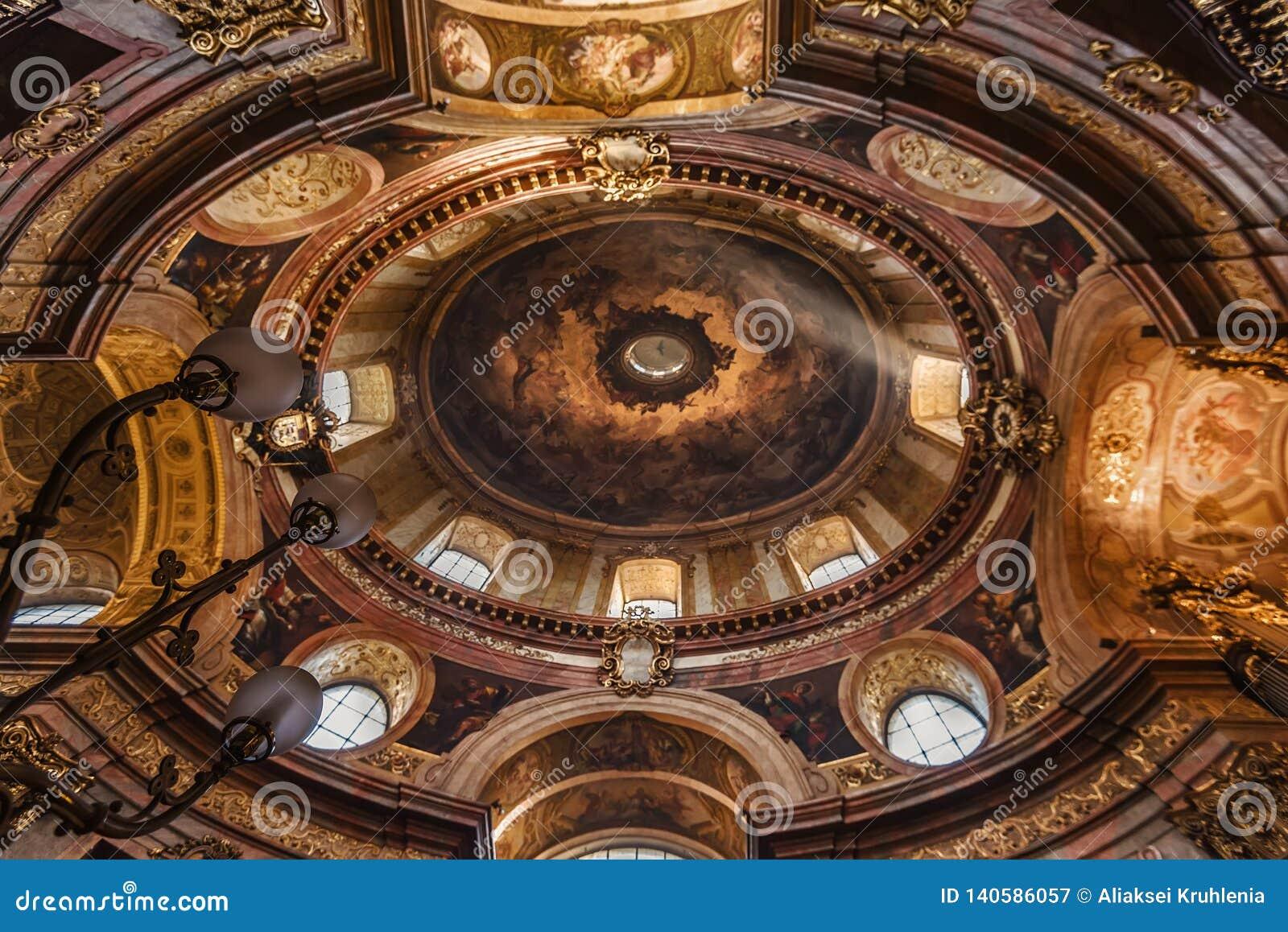 Geschilderd Plafond van de Kerk van Heilige Peter
