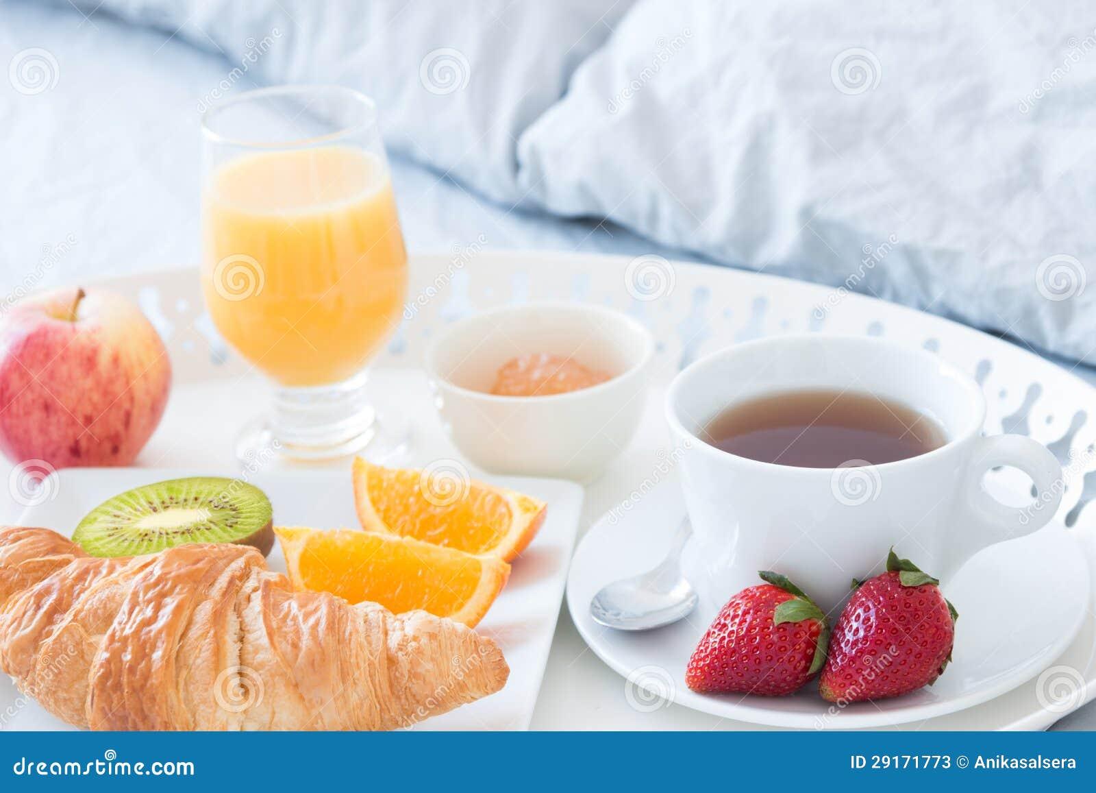 Geschmackvolles Frühstück im Bett