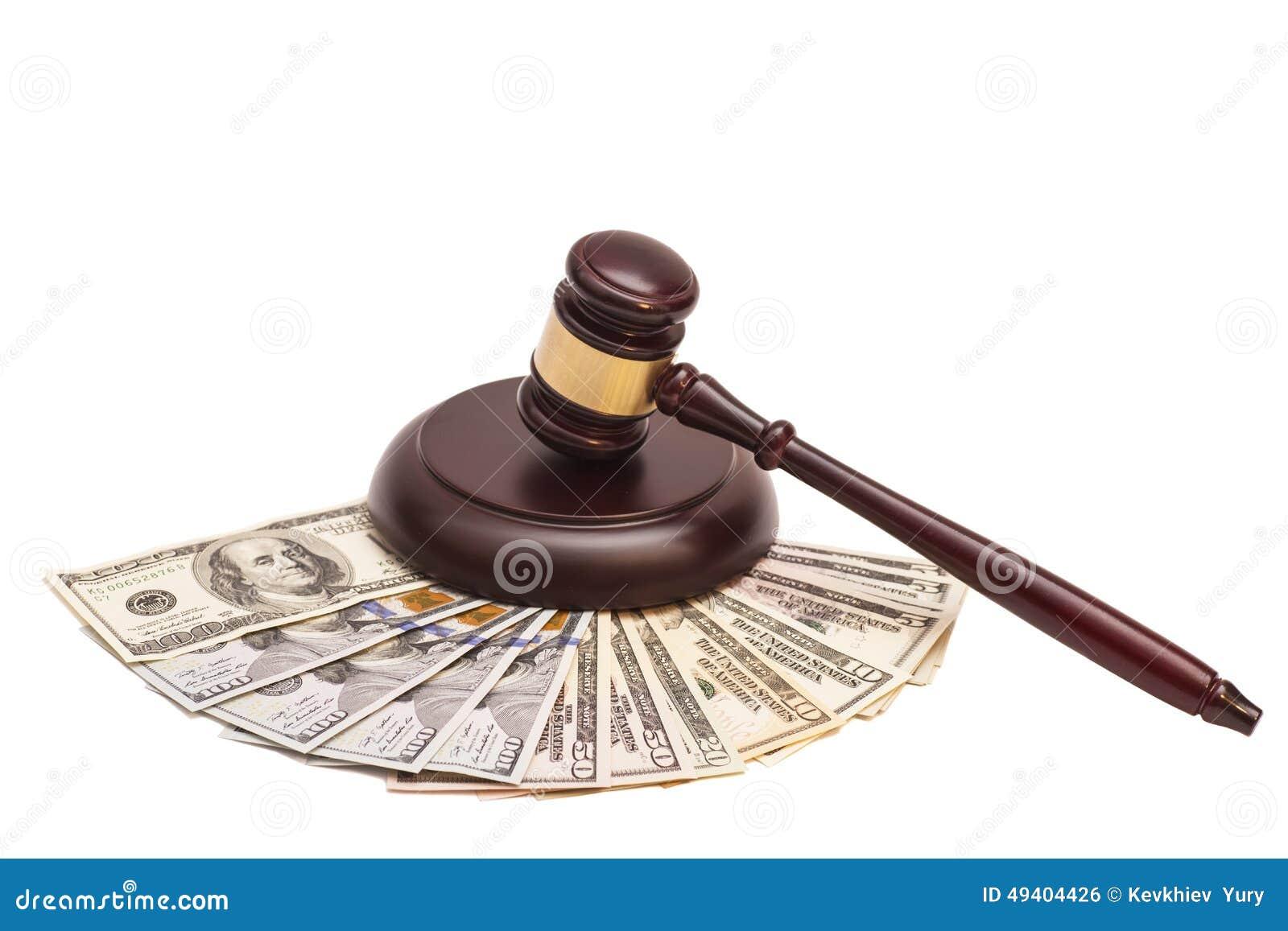 Download Gesetzeshammer Auf Amerikanischem Geld Stockfoto - Bild von papier, hammer: 49404426
