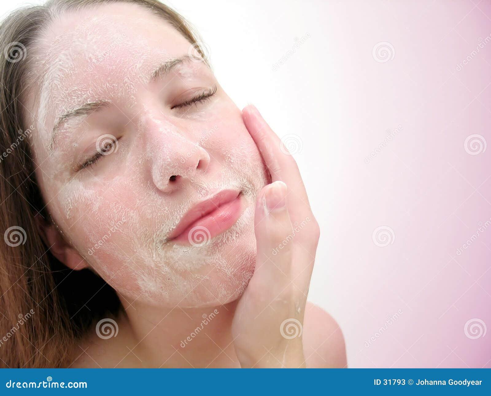 Download Gesichtswäsche 2 stockbild. Bild von reinigen, gesicht, cleanse - 31793