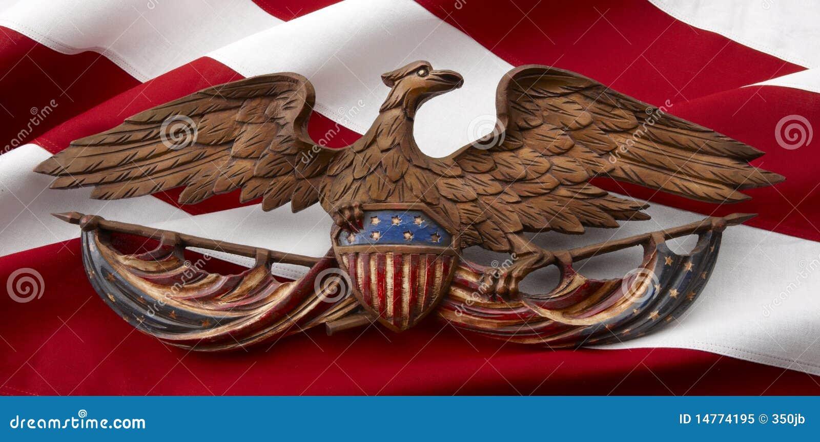 Gesneden Amerikaanse adelaar op vlag