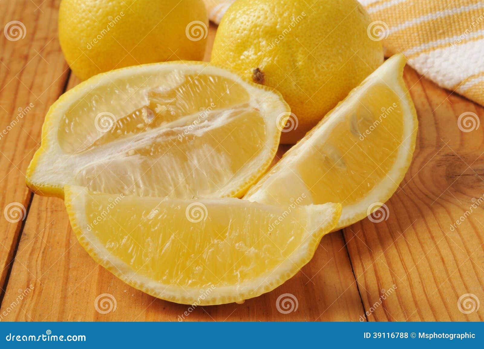 Gesneden citroenen
