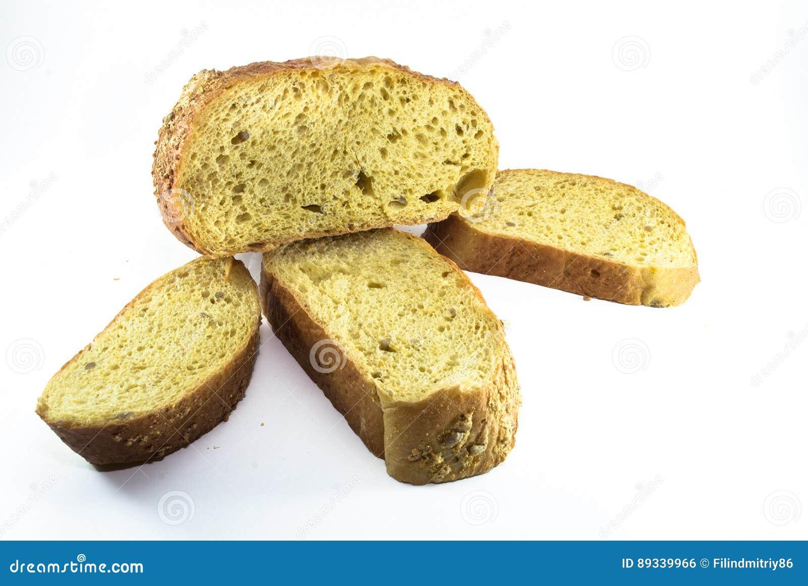 Gesneden die broodbrood op witte achtergrond wordt geïsoleerd