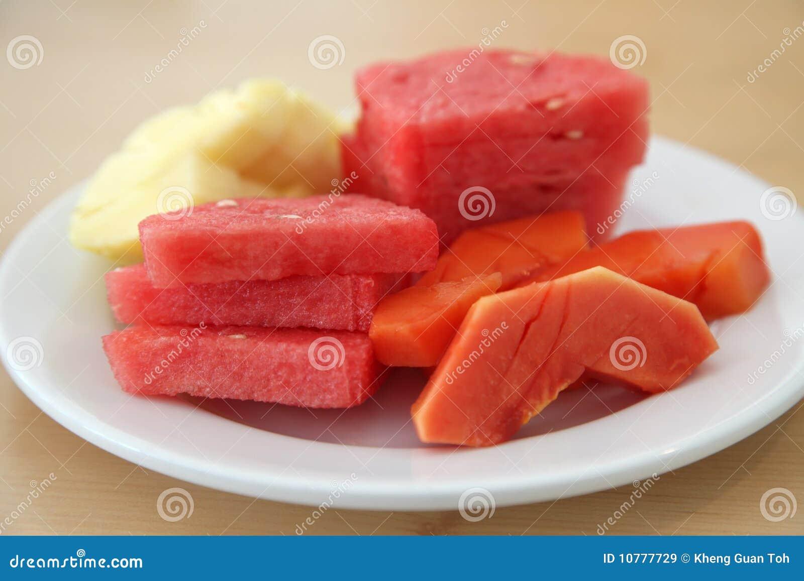 Gesneden tropische vruchten