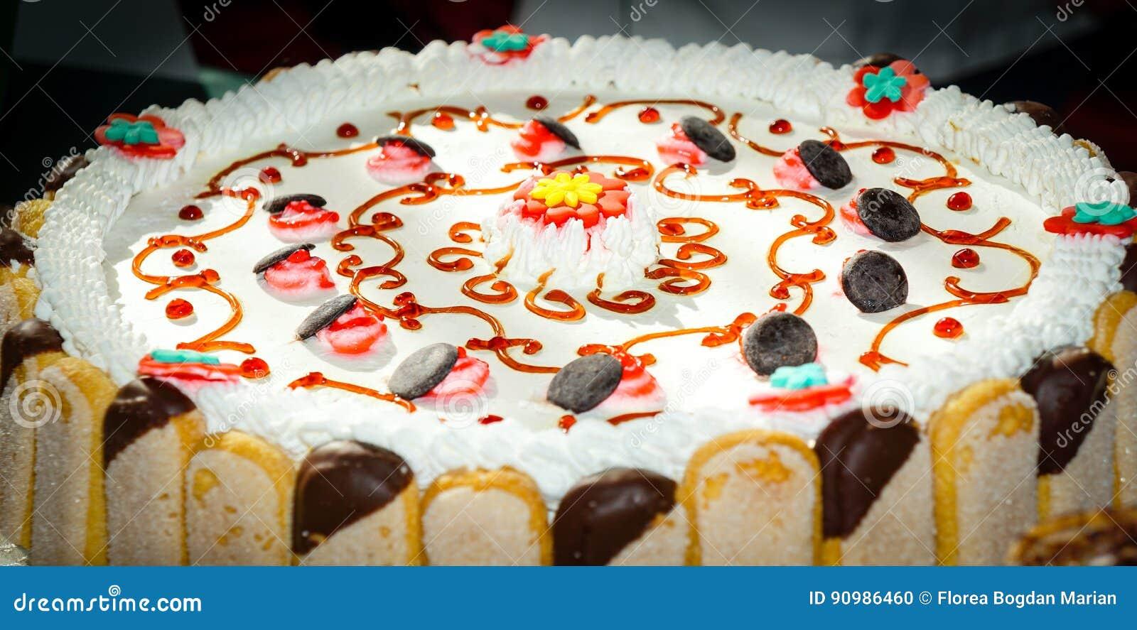 Gespoelde cake