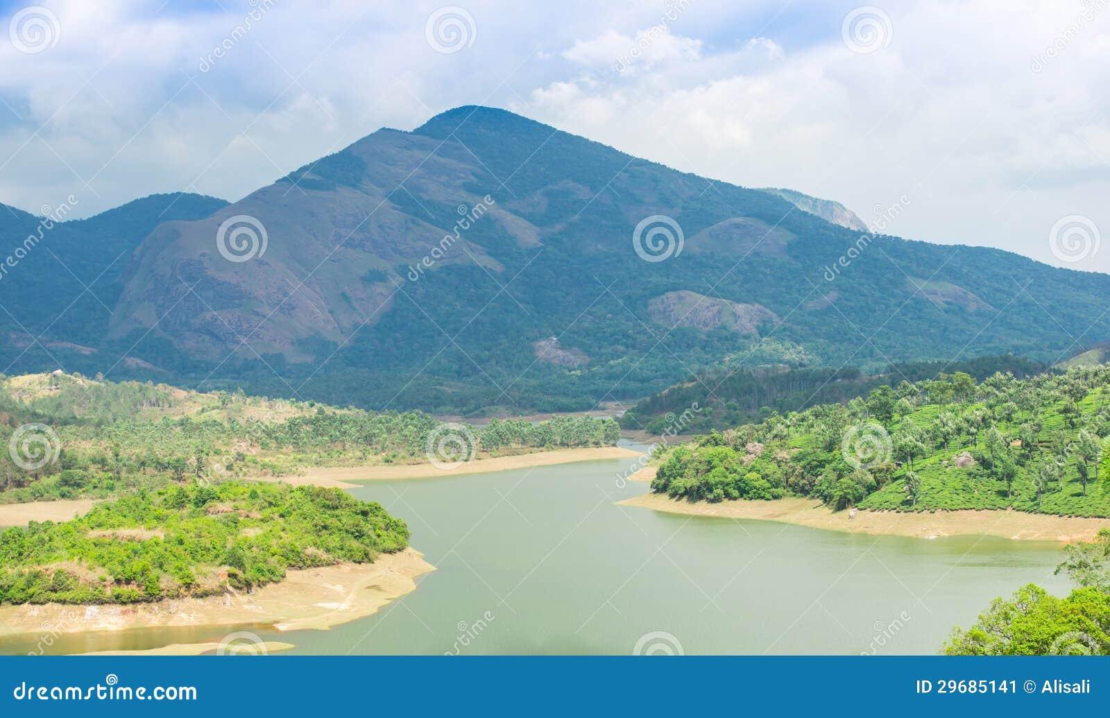 gestalten sie den berg und den fluss in indien kerala landschaftlich stockbild bild 29685141. Black Bedroom Furniture Sets. Home Design Ideas