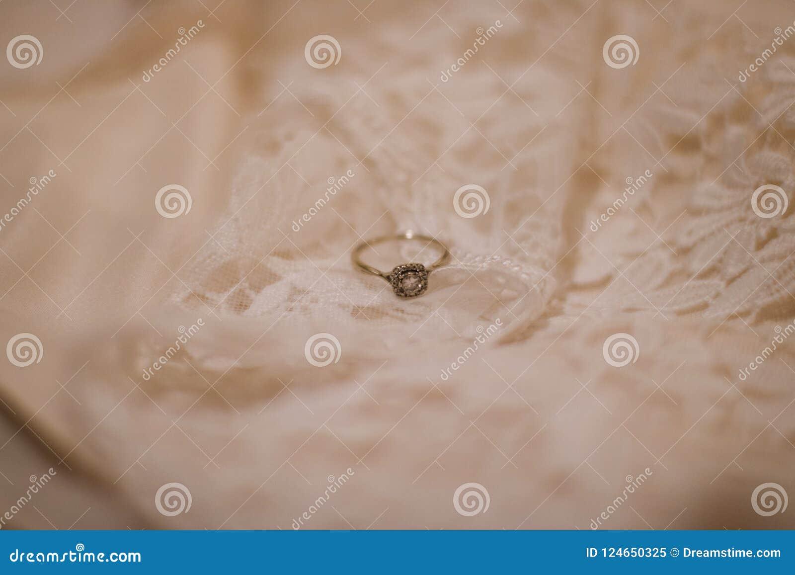 Gestileerde Verlovingsring