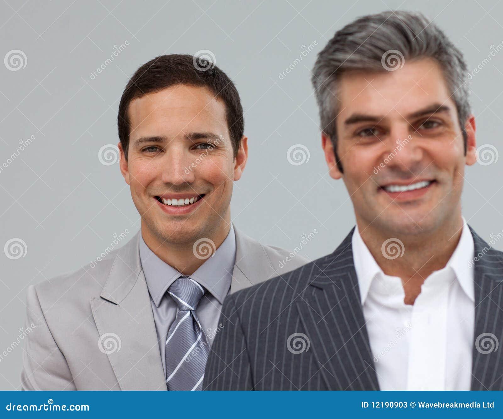 Gestore ed il suo impiegato in una riga