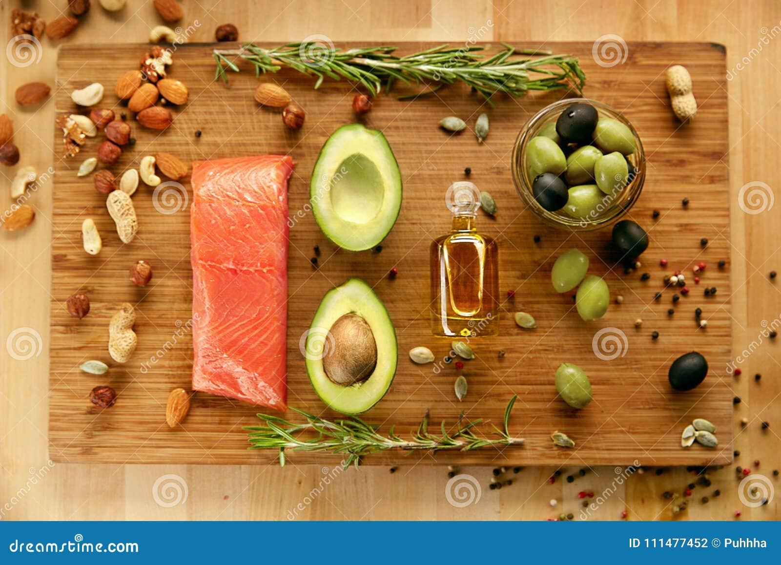 Gesunde Nahrung Produkte Fur Gesunde Diat Auf Tabelle Stockfoto