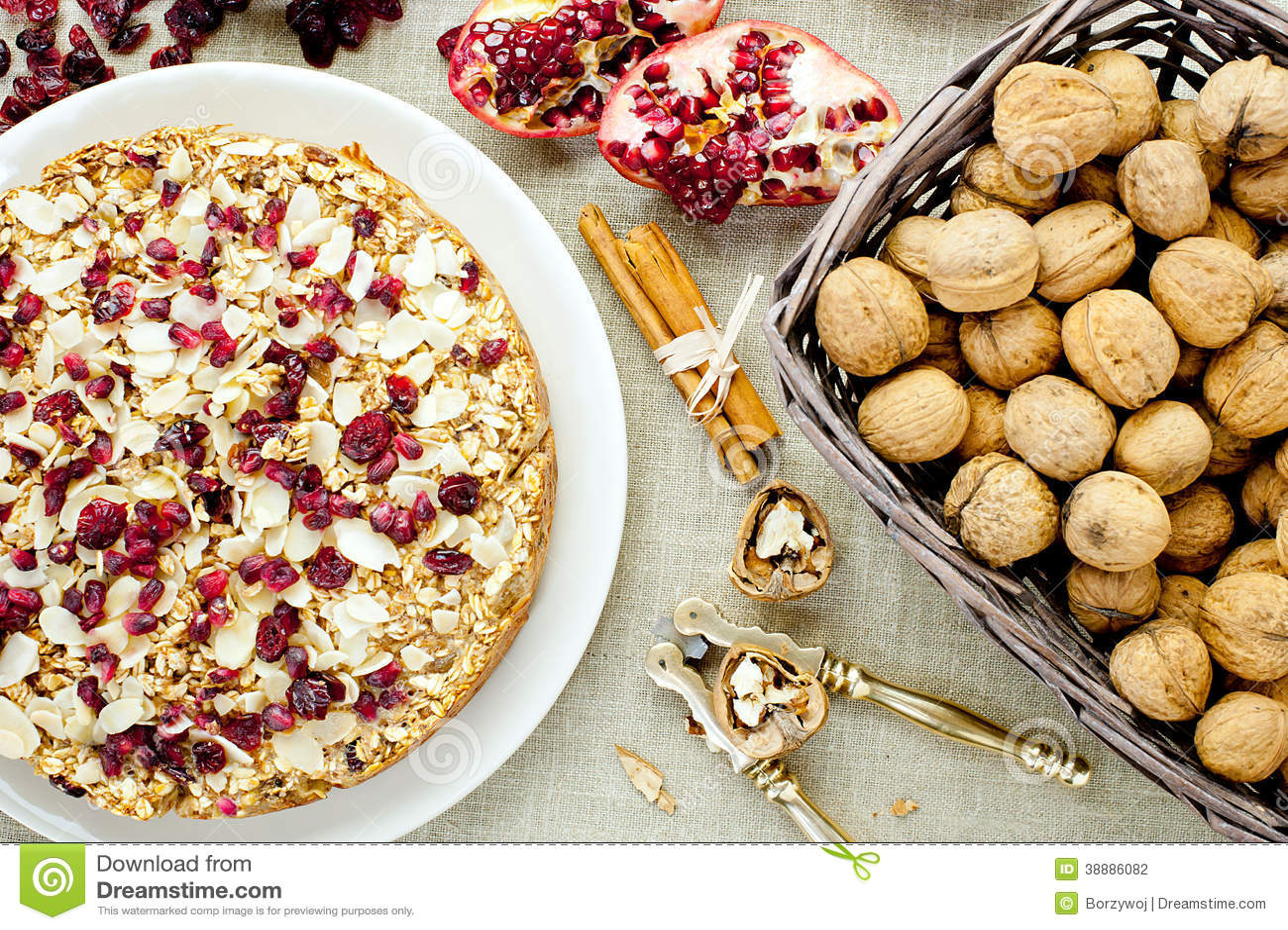 Gesunder Kuchen Stockfoto Bild Von Granatapfel Mandeln 38886082