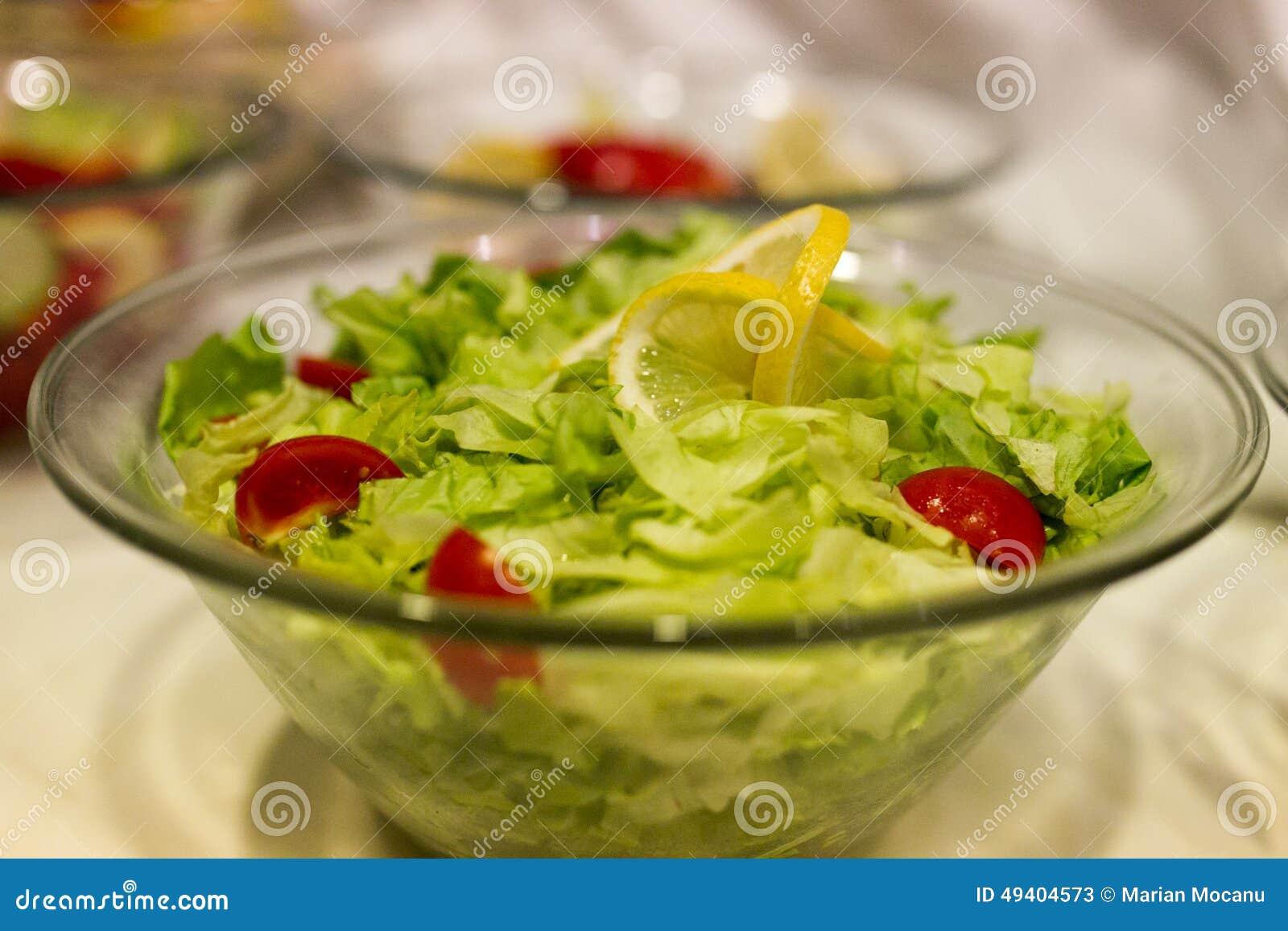 Download Gesunder Salat stockbild. Bild von grün, teller, frisch - 49404573