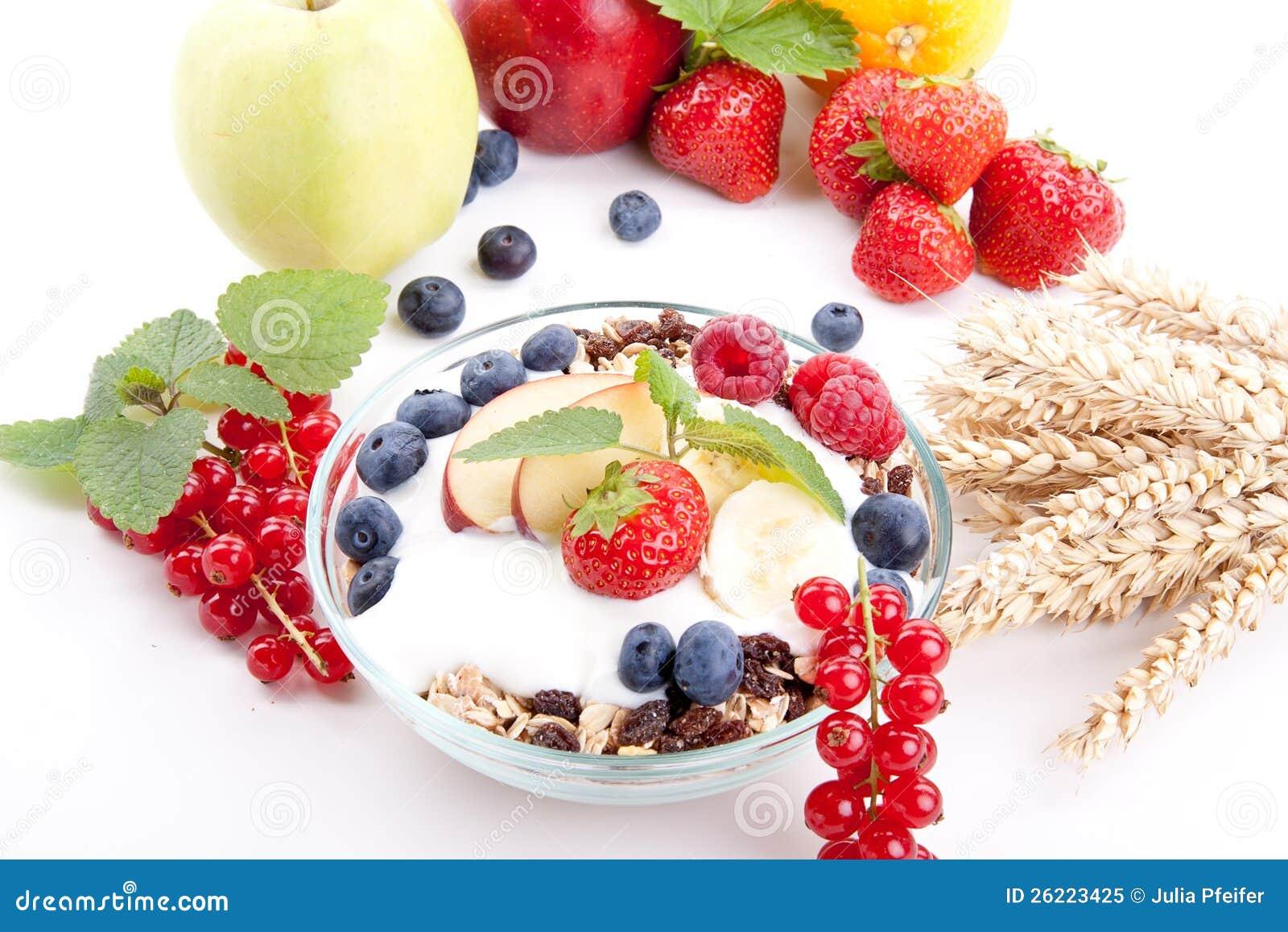 Gesundes Frühstück mit Flockenfrüchten
